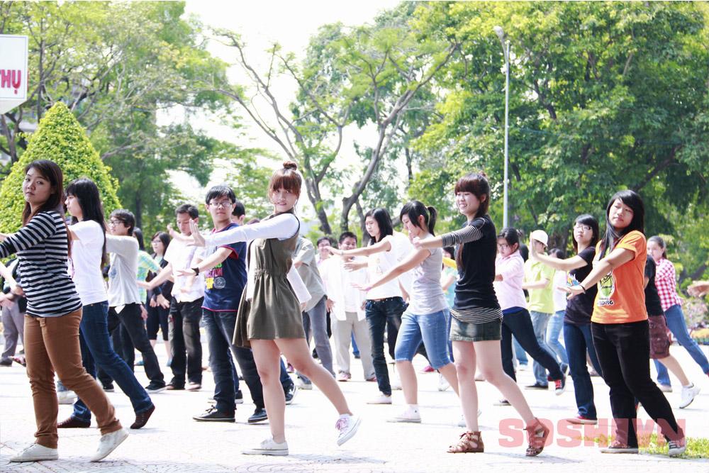 SNSD - Girls' Generation - Thiếu nữ thời đại - Page 2 12