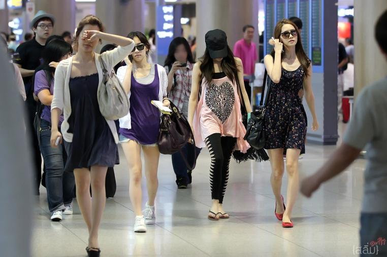 Krystal Fx Airport Fashion