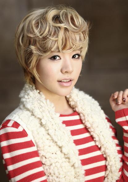SNSD - Girls' Generation - Thiếu nữ thời đại - Page 3 Sunny-xmas