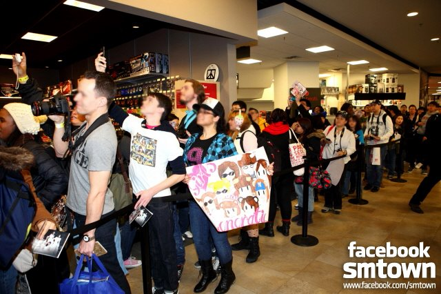 Updated Snsd Fan Sign At Best Buy Snsd Korean