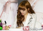 snsd j estina fan sign (1)