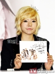 snsd j estina fan sign event (4) (1)