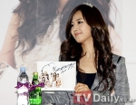 snsd j estina fan sign event (5) (1)