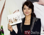 snsd j estina fan sign event (8) (1)