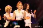 snsd malaysia twin towers alive 2012 (11)