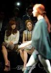 snsd taeyeon tiffany seoul fashion week (13)
