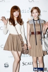 snsd taeyeon tiffany seoul fashion week (25)