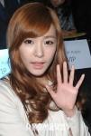 snsd taeyeon tiffany seoul fashion week (4)