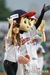 snsd jessical baseball pitch (21)