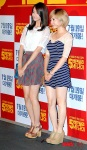 snsd sunny and yoona 5 million dollar man premiere (20)