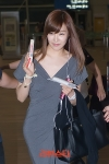 snsd tiffany airport pictures going to thailand (12)