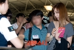 snsd tiffany airport pictures going to thailand (9)