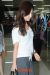 snsd airport pictures back in korea from japan (17)