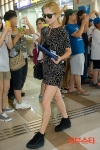 snsd airport pictures going to japan smtown concert (15)