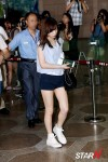 snsd airport pictures going to japan smtown concert (24)