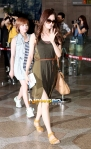 snsd airport pictures going to japan smtown concert (33)