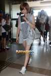 snsd airport pictures going to japan smtown concert (34)