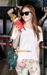 snsd airport pictures going to japan smtown concert (46)