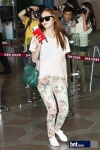 snsd airport pictures going to japan smtown concert (54)