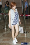 snsd airport pictures going to japan smtown concert (58)