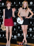 snsd hyoyeon and sunny metrocity fashion event